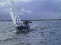 Balans - NED 2201,Bouwjaar: 1974, Bouwer: Lewin / vd Rest, Indeling: vd Stadt, Bijzonderheden: De Balans en bemaning heeft in het verleden meerdere keren het NK-Pion gewonnen en was ook meerdere keren overall winnaar van de NSR. Na een aanvaring op volle zee in 2004 heeft de boot een complete refit gehad bij v/d Rest Nautic in Zeeland.